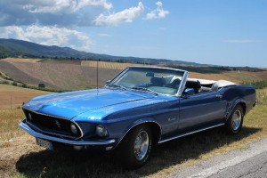 Ford Mustang in Tuscany