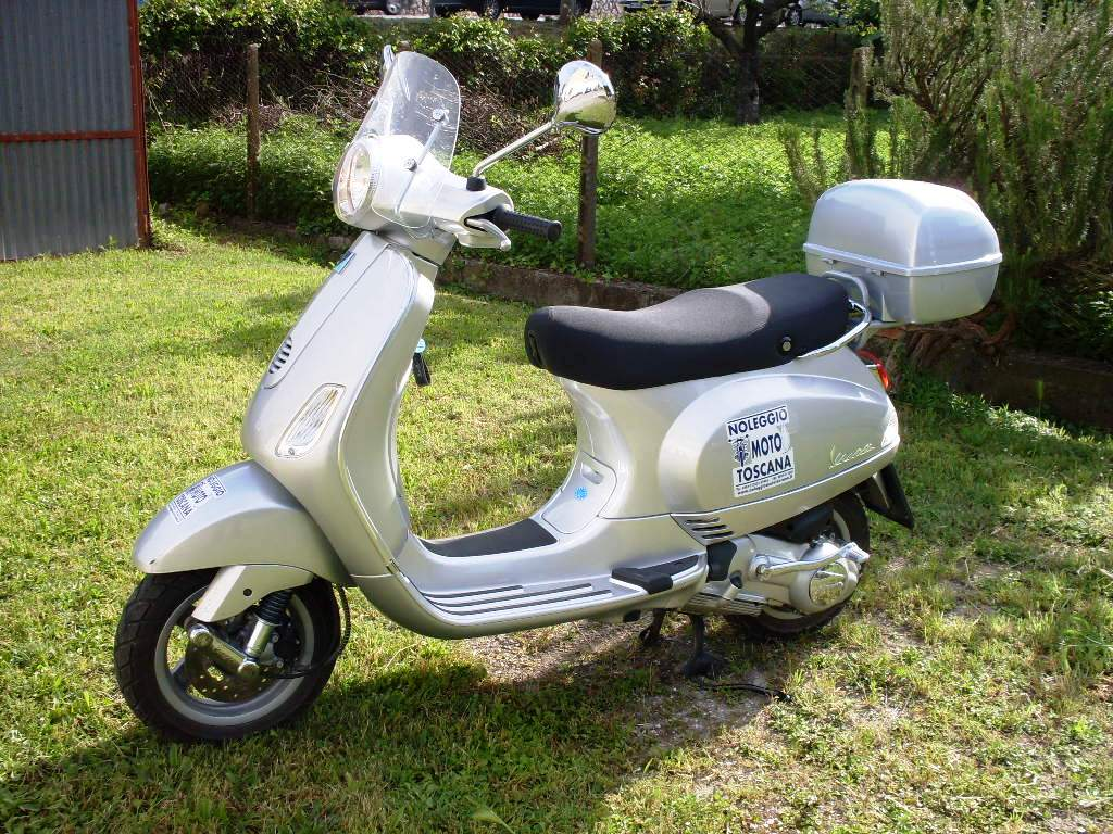 vespa piaggio 125 lx italy motorcycle rental scooters motorcycles vans cars for hire. Black Bedroom Furniture Sets. Home Design Ideas